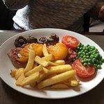Фотография The Royal Oak Country Pub and Restaurant