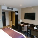 Photo de Premier Inn Liverpool City Centre (Moorfields) Hotel