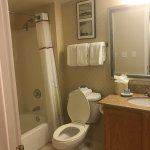 Hawthorn Suites by Wyndham St. Louis Westport Plaza Photo