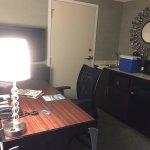 Photo de SpringHill Suites Memphis Downtown