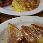 صورة فوتوغرافية لـ Lizard's Thicket Restaurant