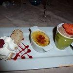 nougat glacé coulis fruits rouges, crème brûlée, mousse chocolat extra..