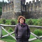 Em frente ao lindo Castello de arquitetura medieval!