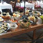 Foto de Buffet-Déjeuner-Brunch aux Vaux de Cernay