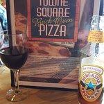 Antoniou's Towne Square Pizza