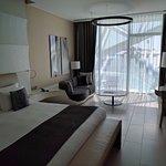 Spacious, modern room