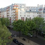 Photo de Ibis Paris Canal Saint Martin