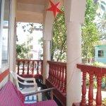 Palm 3-bedroom apartment - Front verandah