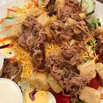 BBQ salad with pulled pork