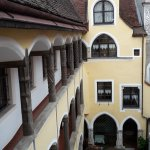 Blick aus Zimmer 242 (zum Innenhof) 1