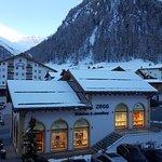 Photo of Hotel Chasa Montana