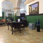 Photo de Hotel Mascotte
