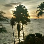Foto de Lahaina Shores Beach Resort