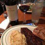 Foto de Izzy's Steaks & Chops