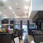 Salão de refeições do hotel.