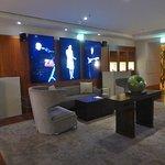 Apples Lounge