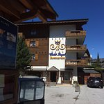 Photo of Hotel Chalet Royal