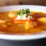 Excelente Tiradito en salsa de Ají, una excelente entrada fría para esperar el plato principal.