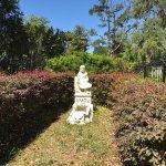 Foto di Bonaventure Cemetery Journeys w/ Shannon Scott