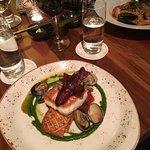 Photo de Yew Seafood + Bar