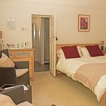 Ground floor Double room with ensuite shower room
