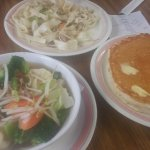 Hotcakes, Vegetable Saimin, Chow fun