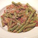 TAGLIATELLE VERDE BOLOGNESE (Tortiglioni type pasta substituted)