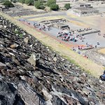Raised stucco retaining stones at Teotihuacan