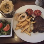Steak, Delicious onion rings and the lovely salad