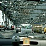 Moving vehicles over Howrah Bridge