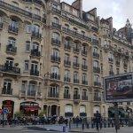 Metres from Arc De Triomphe!