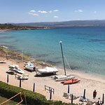 Preciosa playa privada del hotel Muy limpia