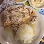 Good Wil's Restaurant & Bakery