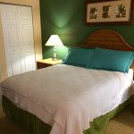Room 11-102 Bedroom