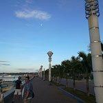 City Baywalk Foto
