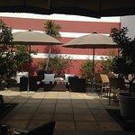 Cote Patio Hotel Nimes Foto