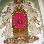maria attorniata dagli angelo