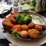 Unser tolles Essen. Italienische Fischpfanne und Süsssaure Berathering es.  Siehe unsere Bewertu