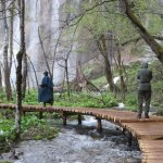 trail through Plitvice Lakes