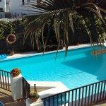 Photo de Las Lilas Apartments