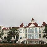 Photo de Hong Kong Disneyland Hotel