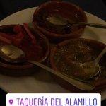 Photo de Taqueria del Alamillo