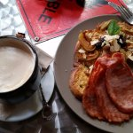 Yummy Breakfasts and best Coffee in Alice Springs.
