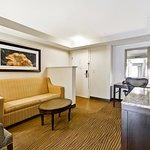 King bed 1 bedroom mini suite.
