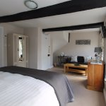 Radcliffe Guest House Photo