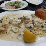 Tuscany Lemon Chicken - cream sauce & mushrooms = Yum!