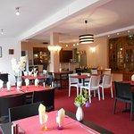 Photo of Hotel La Gravenne