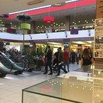 Photo de Grand Centar Shopping Mall