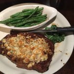 Photo de Cast Iron Steakhouse