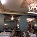 Restaurante do hotel. Decoração veneziana.